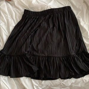 Zara pleated skirt - size small worn once